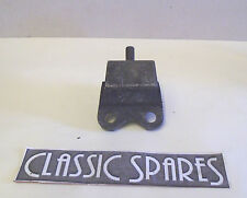 TRIUMPH HERALD 1961  TO 1971 NEW FRONT ENGINE MOUNTING C466