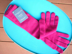 Johnston's of Elgin Scotland cashmere gloves NWT GREAT GIFT Fast US ship + wrap