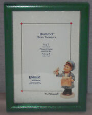"VINTAGE M.I. HUMMEL 5"" X 7"" GREEN FRAME 3"" X 5"" PHOTO PICTURE SIZE  NEW IN BOX"