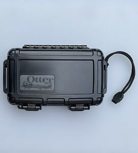 OtterBox 2000 Series Waterproof Rugged Storage Box (Blk)