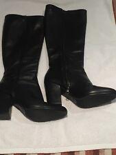 Nuova inserzionePRADA taglia 37 4 Nero Classico Sexy Stivali con un lato  cerniere ideale 4 NOTTE £ 579 3e6844b169d