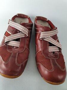 Colorado Gaze Red Slip On Walking Shoes Sz AU8.5 EU40