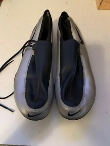 New NIKE Black and Silver Track Spikes with Nike storage bag Size 12 Men's