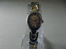1pcs elegante nuova progettazione di una bella ragazza / Donna watch (KW9)
