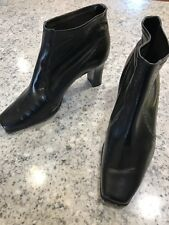 Michelle D  black ankle boots w/ high heels Size 9M