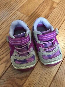 Stride Rite Purple Gray Hattif Sneaker Shoes Size 5.5M