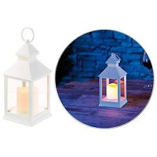 Flackerlicht: Laterne mit flackernder LED-Kerze und Timer, Batteriebetrieb, weiß