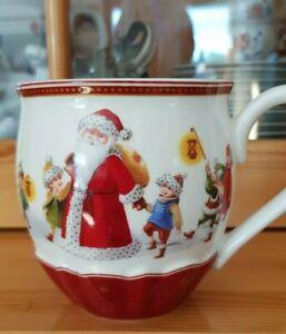 Villeroy & Boch Jumbo Tasse Christmas Toy´s Fantasy Santa mit Kinder mit Laterne