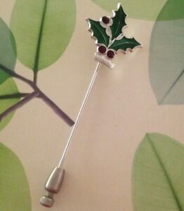 LOVELY 925 STERLING SILVER PRELOVED CHRISTMAS HOLLY STICKPIN IN ENAMELS