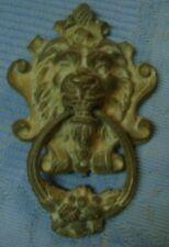 ANCIENNE ORNEMENTATION TÊTE  DE LION AVEC ANNEAU FLEURI BRONZE XIXème D1076