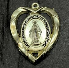 MARY BLESSED AND HOLY HEART GOLD TONE RELIGIOUS MEDAL ALLOY METAL PENDANT TAG