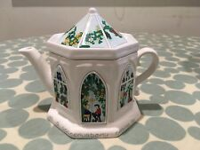 """Wade """"English Life Teapot"""" designed by Barry Smith and Barbara Wootton"""