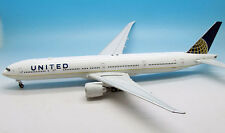 INFLIGHT 200 IF7773UTD001 1/200 UNITED BOEING 777-300 N58031 WITH STAND
