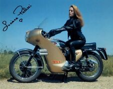 LUCIANA PALUZZI IN PERSON SIGNED PHOTO FROM THE JAMES BOND FILM THUNDERBALL