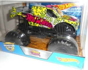 FIRESTORM Truck 1:24 Monster Jam, Auto, Coche, Cars Hot Wheels, original vehicle