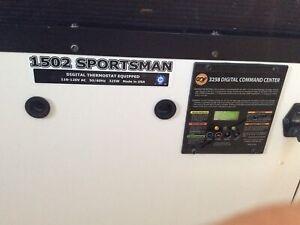 GQF 1502 Digital Sportsman Cabinet Incubator