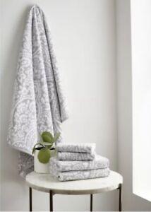 Martha Stewart 2 Set Bath Towels 30x58, 2 Hand Towels 16x28, 2 Washcloths 13x13