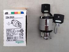Schneider Electric XB4 3 Posición Interruptor De Llave Cabeza mantenerse conectado ZB4BG3 ZB4 BG3