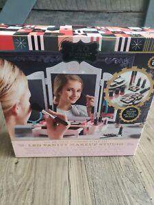 F.A.O Schwarz Led Vanity Make-up studio Brand new in box