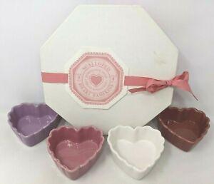Williams Sonoma 4 Set Valentines Day Ceramic Scalloped Heart Ramekins Dish GZ20