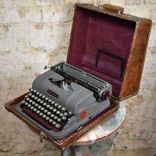 Vintage Underwood Finger Flite Champion Typewriter Canada Rare