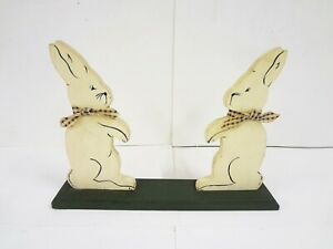 Vintage Folk Art 2 Rabbits Hand Painted Wood Country Primitive Rabbit