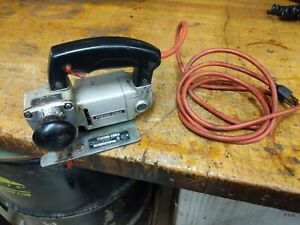 Porter Cable Model 548 Variable  Speed bayonet jig Saw With Blade