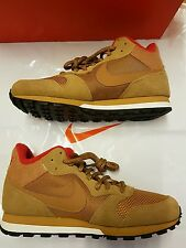 Bnwt Hommes Nike MD Runner 2 Mid Baskets Taille UK 6 (Eur 40)