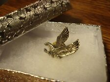 U.S.A.F. U.S. Air Force Academy FALCON Sports design Lapel Pin w/clutch + Box