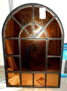 Stallfenster / Hausfenster mit Spiegeln. schweres Gusseisen 120 cm h, 86 cm b.