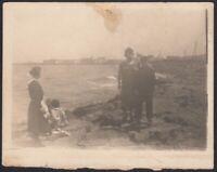 YZ7905 Bari 1925 - Spiaggia Maria Isabella - L'ora del bagno - Fotografia epoca