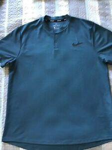 NIKE COURT  DRI FIT SIZE XL FOREST GREEN 3 BUTTON CREW NECK SHIRT EXCELLENT!