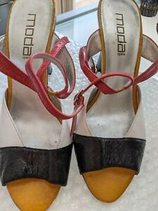 MODA SPANA PATERN LEATHER UPPER  WEDGE SANDALS HEEL 11 CM SIZE 39 AS NEW