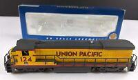 Bachmann 11103 UP Union Pacific B23/B30-7 Diesel Locomotive 124 HO Scale