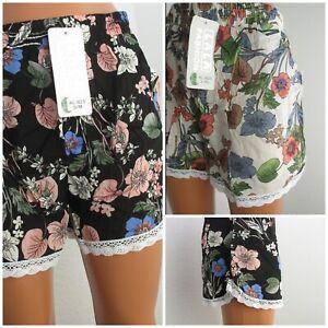 Damen Shorts Sommerhose kurze Hose Bermuda Blumenprint viskose Hot Pant