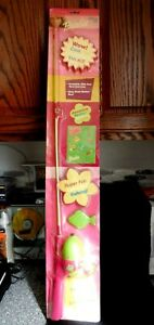 """2003 Barbie """"Fishing Kit"""" 2' 6"""" All In One Rod Reel W/ Line Rare Pink/Green"""