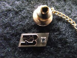 BURLINGTON  NORTHERN 50 YEAR DIAMOND SERVICE TIE TACK  -  10 k  GOLD MOUNT