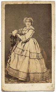 CDV Turin Woman in crinoline Actress ? Theatre ? Bernieri Torino 1860c S809