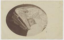 Foto Baby im Kinderwagen (E263)