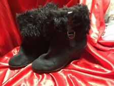 Old Navy Wedge Black Boot With Fur Size 7