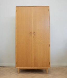 DELIVERY £80 Mid Century Oak Wardrobe from Meredew