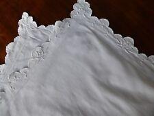 1  taie d'oreiller ancienne ,fin coton  / N°152 , feston