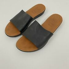 Fitflop Size 8 US | 39 EU Sola Sandals Slides Black Leather Comfort Black Casual