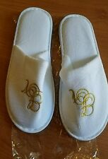 GOLDEN NUGGET  HOTEL CASINO LAS VEGAS MENS WOMENS WHITE SLIPPERS HOUSE SHOES
