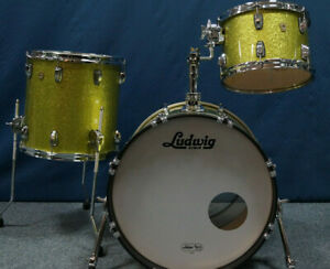 """Ludwig USA Classic Maple Shellset in """"Olive Green Sparkle"""" - 20,12,14"""""""