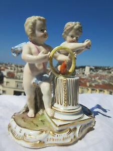 rare groupe allégorique porcelaine meissen.saxe.19 ém:2 angelots-oiseau.parfait