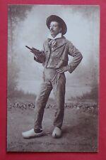 TH723) CPA FOLKLORE COSTUME BRESSAN costume ancien habit du dimanche - 1924