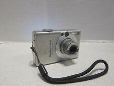 Canon PowerShot Digital ELPH SD600 6.0MP 3x Zoom Digital Camera with 2gb memory