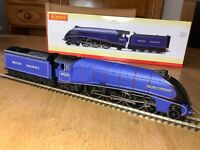 Hornby R3701 BR Purple 4-6-2 A4 Class Loco 60028 Walter K Whigham dcc Sound