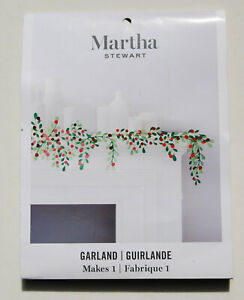 NWT Martha Stewart Christmas Holiday Decorations 36 pc Holly Berry Paper Garland